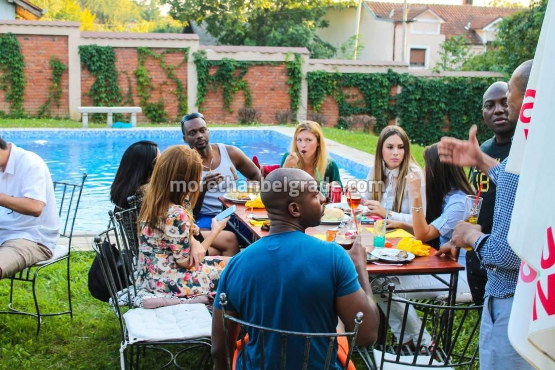 Bachelor party in Belgrade by the pool in villa with local girls.