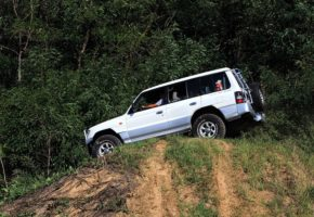 Off road 4x4 tour in Belgrade