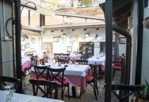 Tri Sesira Restaurant Skadarlija Belgrade