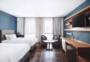 Hotel Metropol Palace Belgrade twin room
