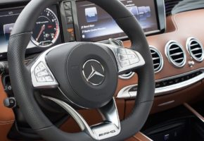 Mercedes Benz Rent a car