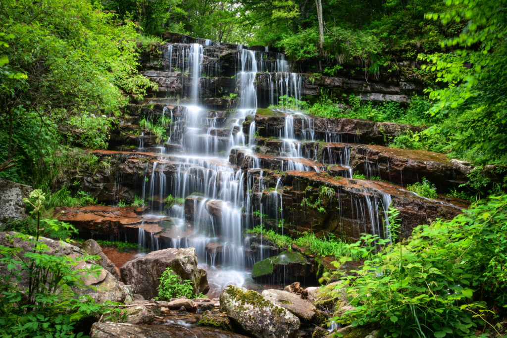 dojkinacka-river-tupavica-waterfall