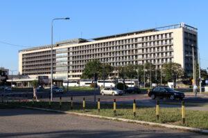 hotel-jugoslavija-belgrade-brutalism