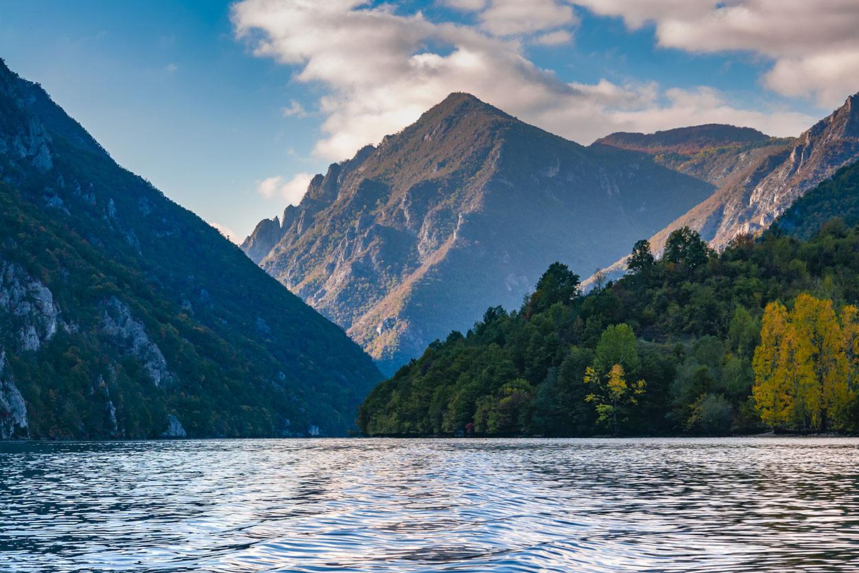 perucac-lake-4