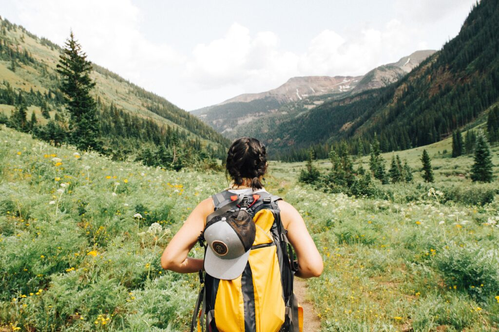 hiking-safety-tips-and-tricks