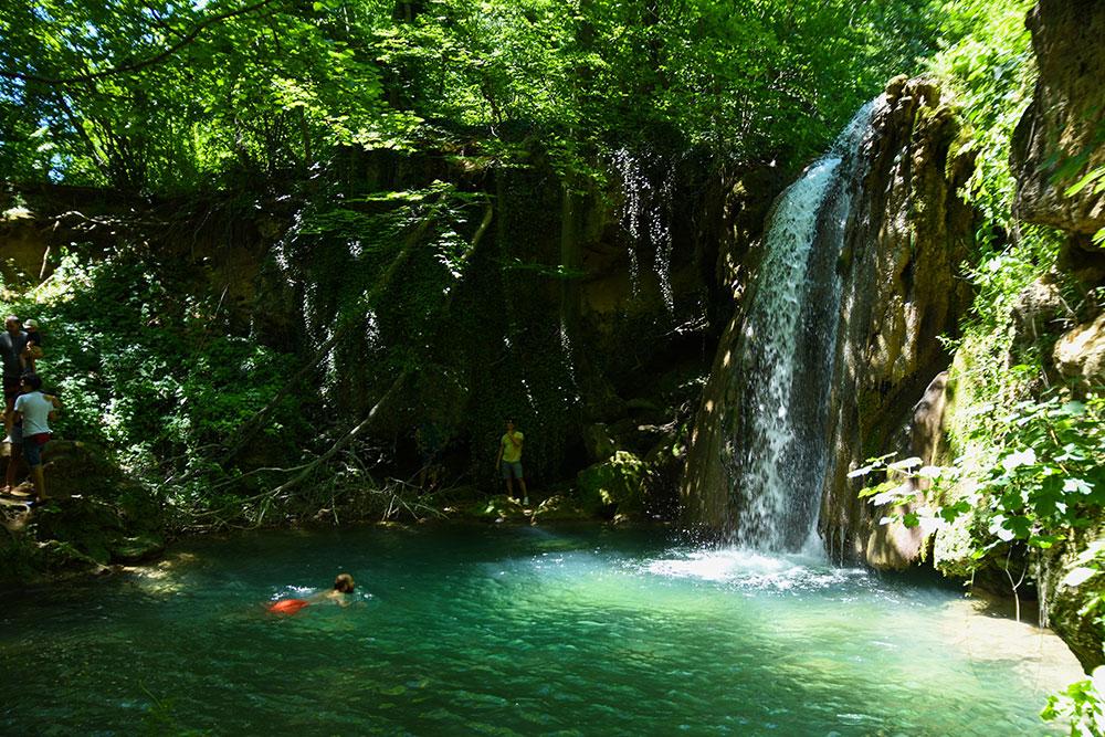 blederija-waterfall-2