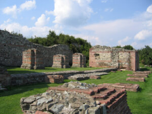 felix-romuliana-walls
