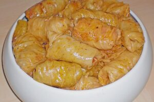sarma-traditional-serbian-meals
