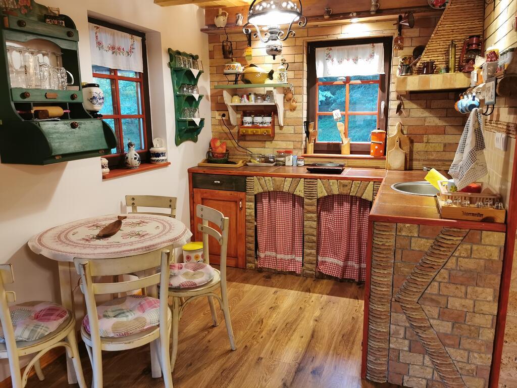 drina-log-cabin