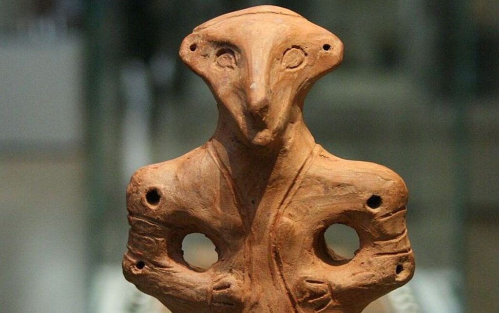 vinca-clay-figurine