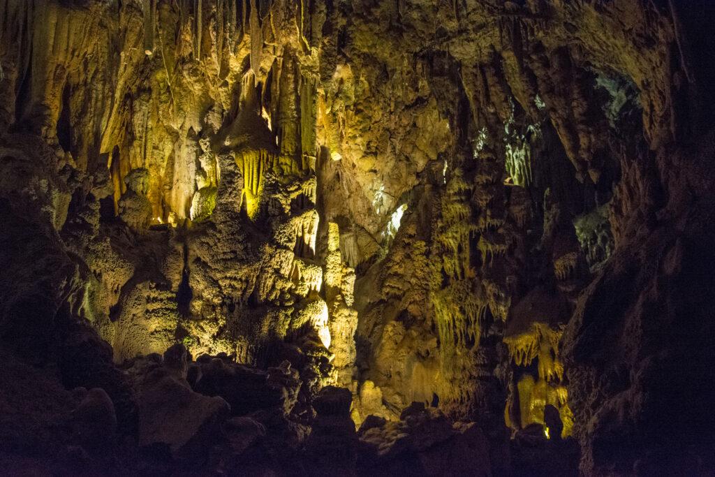 cave-hall
