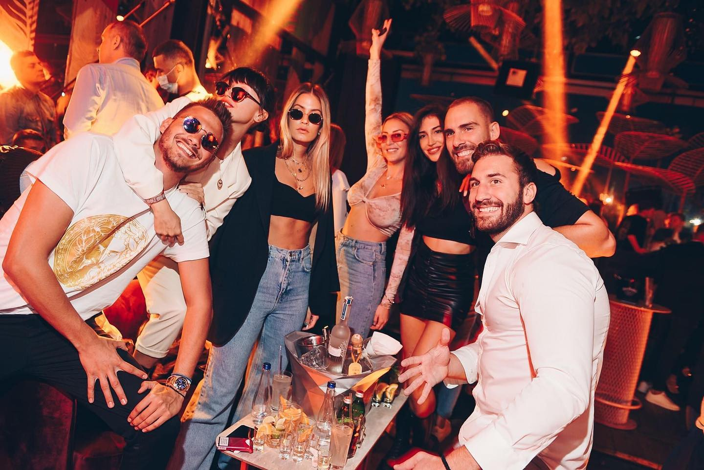 leto-clubs-working-hours